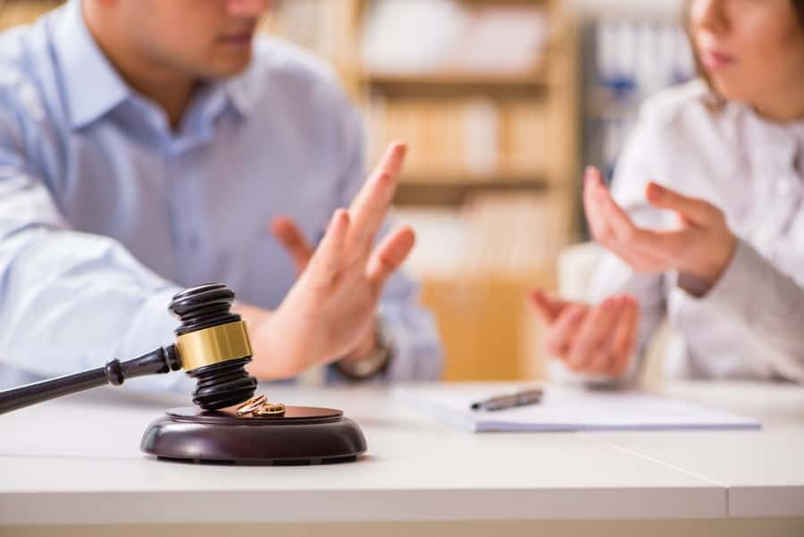 How Much Do Divorce Lawyers Cost