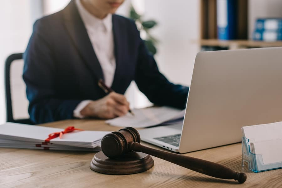 What Does A Family Lawyer Do